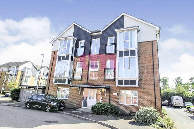 2 Bedrooms Flat for sale in Bridgland Road, Purfleet
