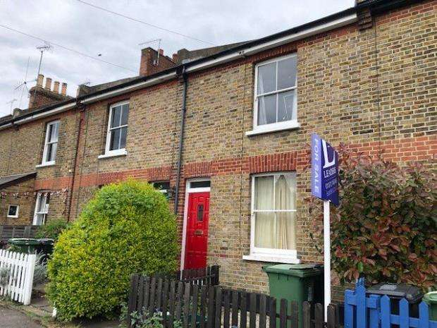 2 Bedrooms Terraced House for sale in Wyeths Road, Epsom, Surrey