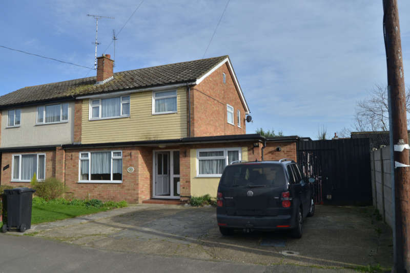 4 Bedrooms Semi Detached House for sale in Queenborough Road, Southminster