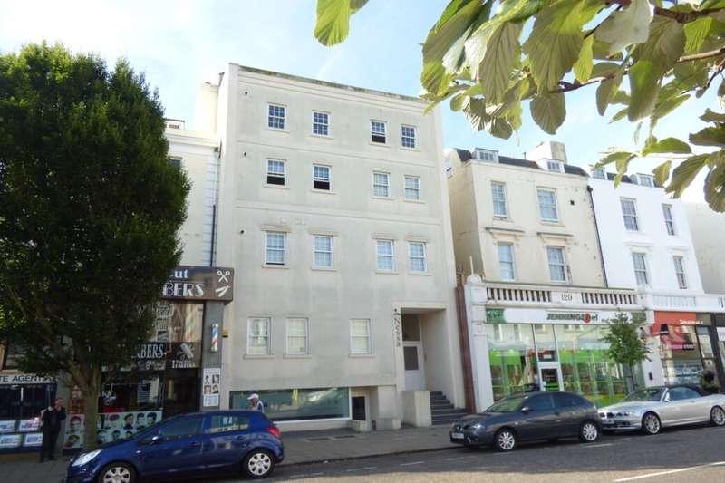 1 Bedroom Flat for rent in Sandgate Road, Folkestone, CT20