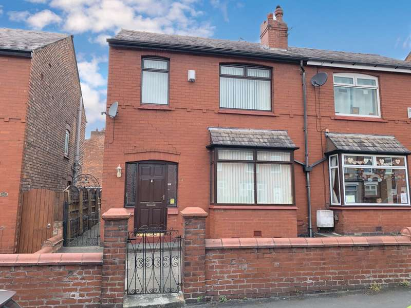 3 Bedrooms Semi Detached House for sale in Hodges Street, Wigan, Greater Manchester, WN6