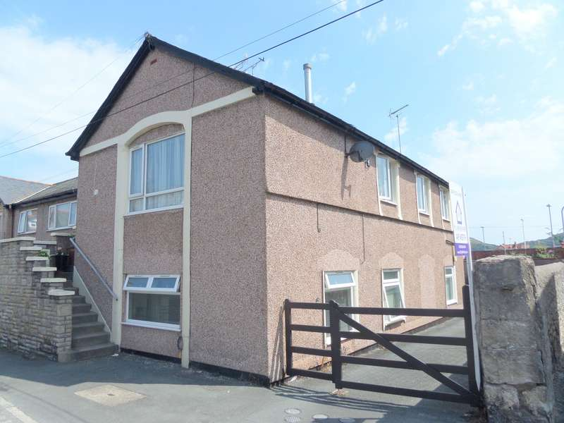 2 Bedrooms Apartment Flat for sale in Jubilee Street, Llandudno, Conwy, LL30