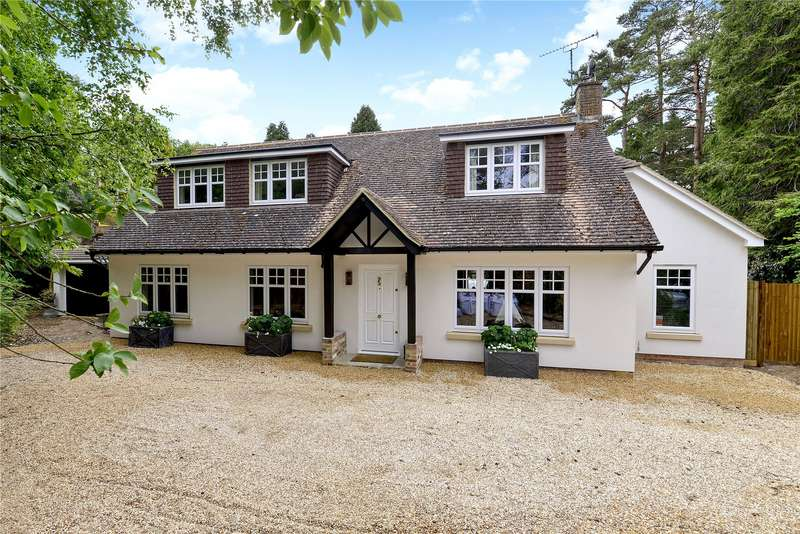 4 Bedrooms Detached House for sale in Mead Road, Hindhead, Surrey, GU26