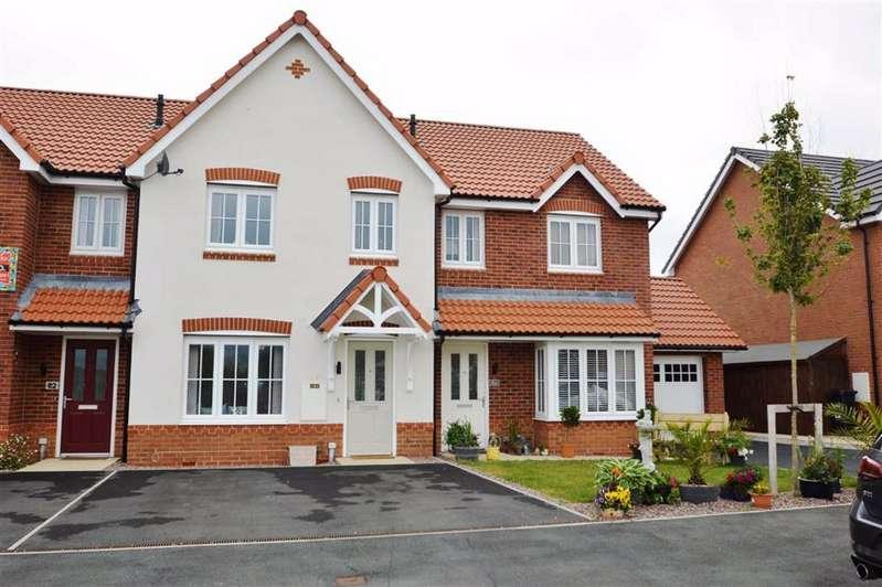 3 Bedrooms Property for sale in Ffordd Aberkinsey, Rhyl, Denbighshire