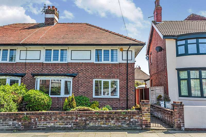 3 Bedrooms Semi Detached House for sale in Beechfield Avenue, Blackpool, Lancashire, FY3