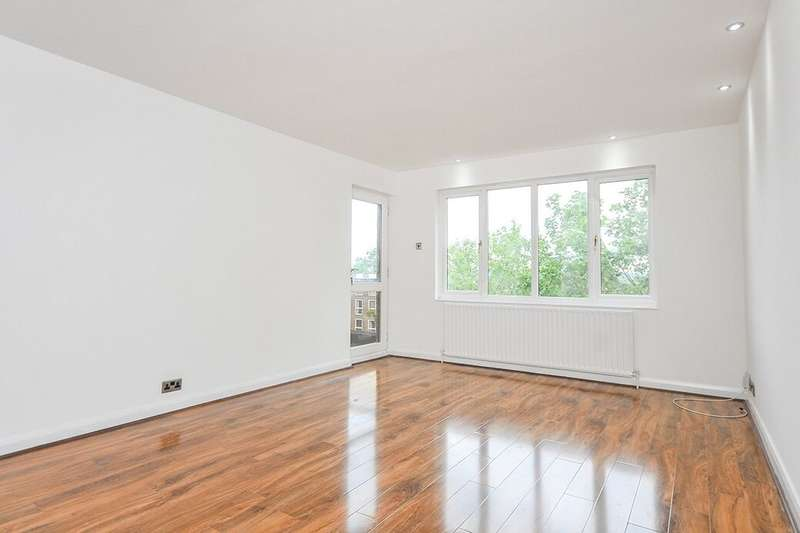 2 Bedrooms Flat for rent in Andace Park Gardens Widmore Road, Bromley, BR1