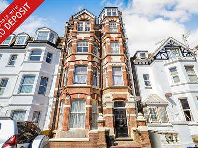 2 Bedrooms Flat for rent in Sea Road, Bexhill On Sea, TN40