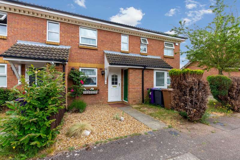 2 Bedrooms Terraced House for sale in Constantine Place, Baldock, SG7 6ST