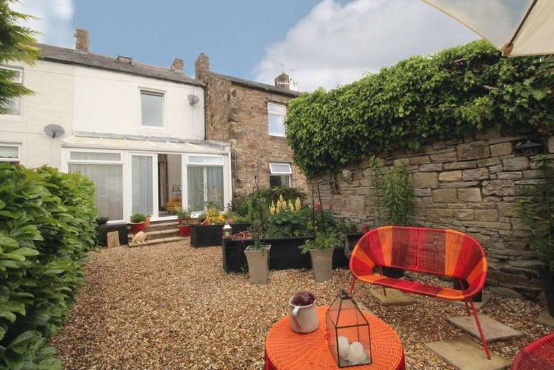 2 Bedrooms Terraced House for sale in Park Road, Haltwhistle