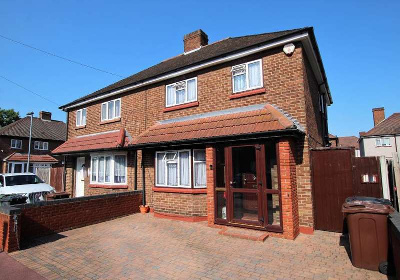 3 Bedrooms Semi Detached House for sale in Ingleby Road, Dagenham, Essex, RM10 8SA