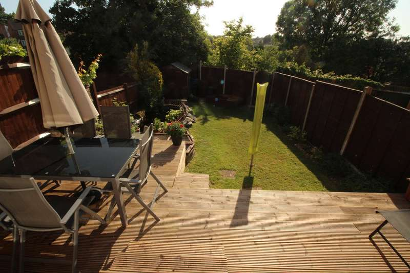 3 Bedrooms House for sale in Quickthorn Crescent, Chatham, Kent, ME5