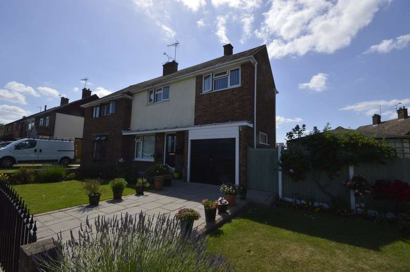 3 Bedrooms Semi Detached House for sale in Hoo Common, Chattenden, Rochester, Kent, ME3