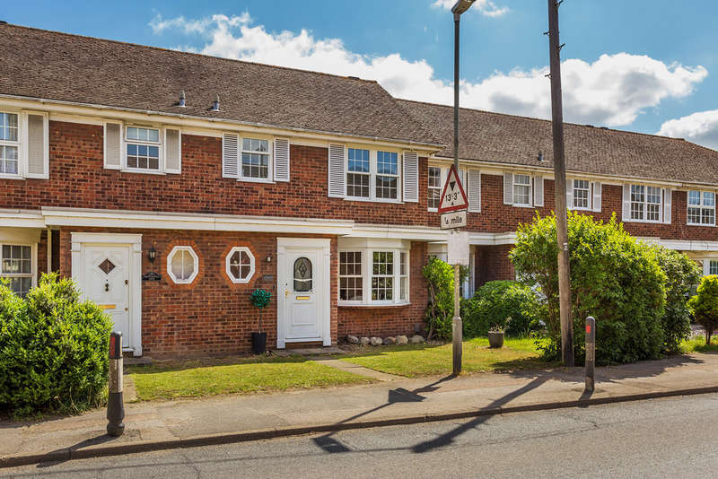 3 Bedrooms Terraced House for sale in Main Road, Edenbridge, TN8