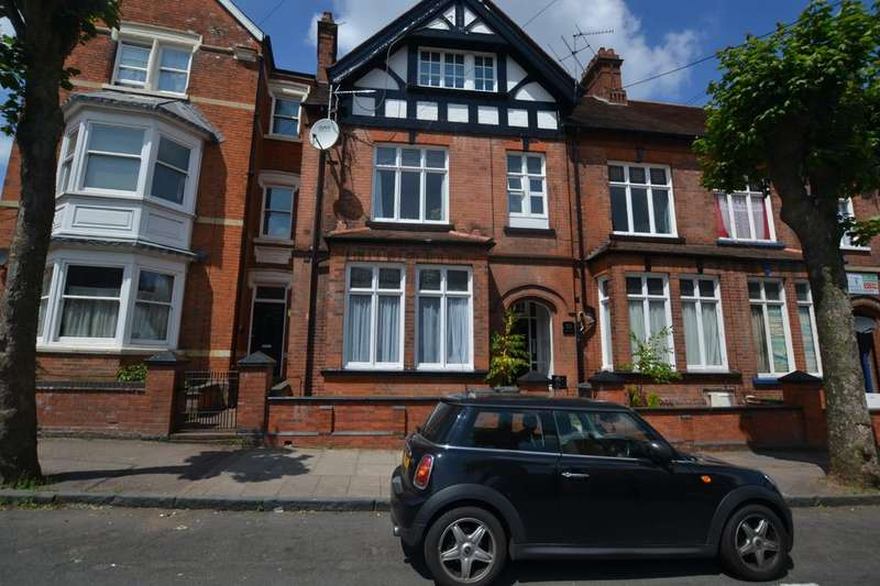 3 Bedrooms Apartment Flat for rent in St James Road, Off London Road LE2