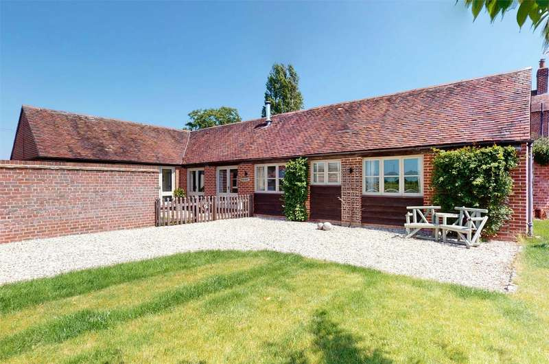3 Bedrooms Detached Bungalow for sale in Tredington, Tewkesbury, Gloucestershire