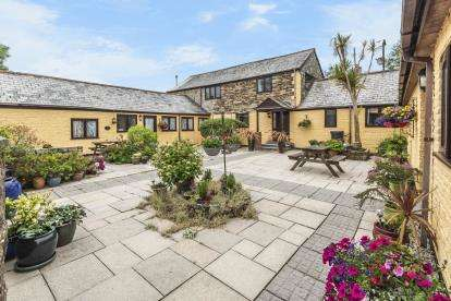 5 Bedrooms Barn Conversion Character Property for sale in St. Austell, Cornwall
