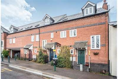4 Bedrooms House for rent in Babbington Mews, Cross Green, Rothley, LE7 7PF