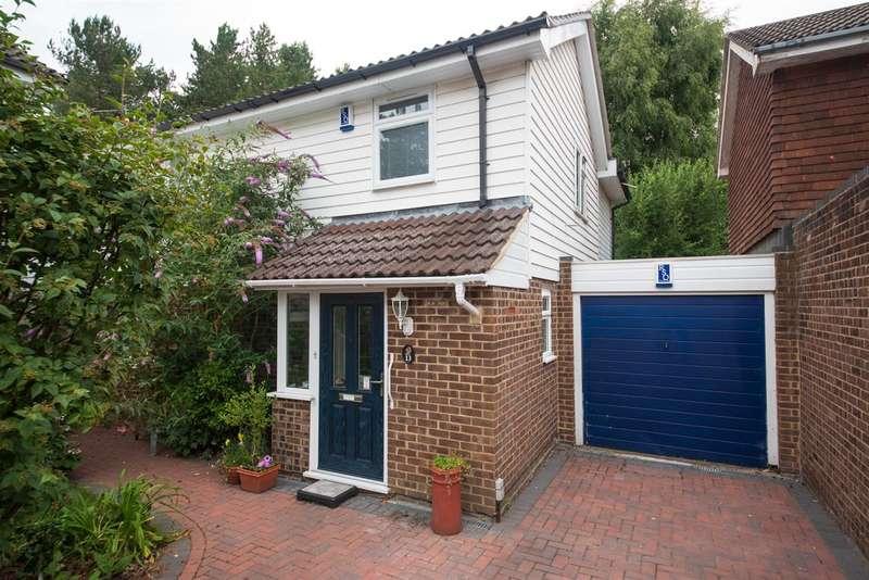 5 Bedrooms Link Detached House for sale in Southwold, Bracknell
