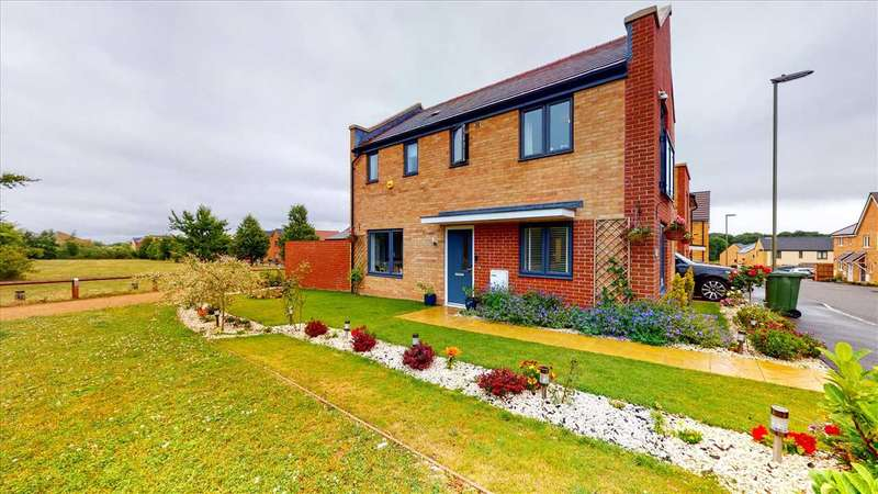 3 Bedrooms Detached House for sale in Sherbourne Fields, Basingstoke, Hampshire