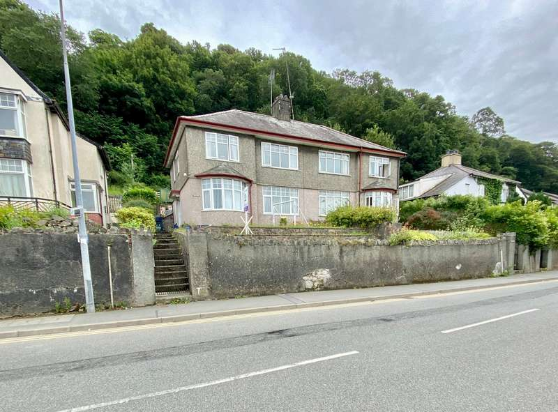 3 Bedrooms Semi Detached House for sale in High Street, Bangor, Gwynedd, LL57