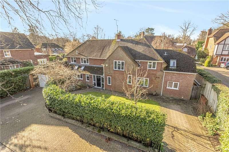 6 Bedrooms Detached House for sale in Portesbery Road, Camberley, Surrey, GU15