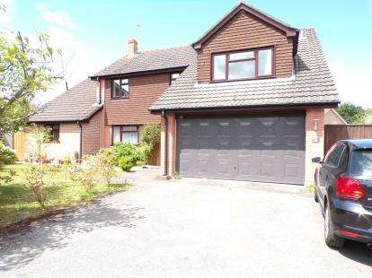 5 Bedrooms Detached House for sale in Brockenhurst, Hampshire