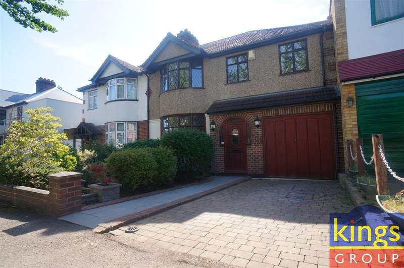 4 Bedrooms Semi Detached House for sale in Dale View Crescent, London