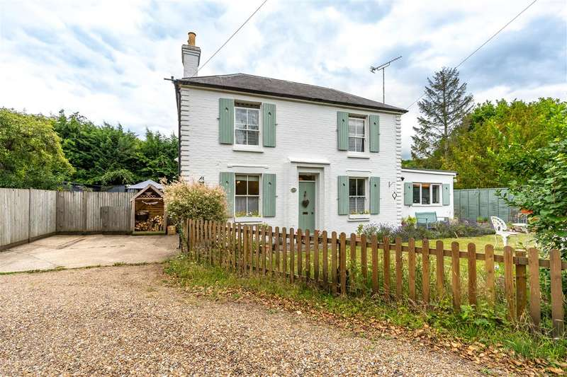 2 Bedrooms Semi Detached House for sale in The Cottage, Horselees Road, Boughton-under-Blean