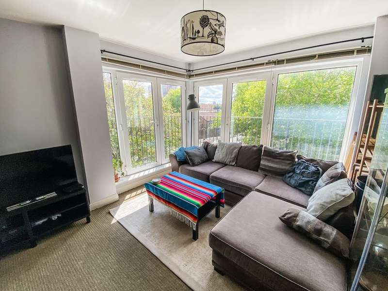 1 Bedroom Flat for sale in Richmond Court, 50 North George Street