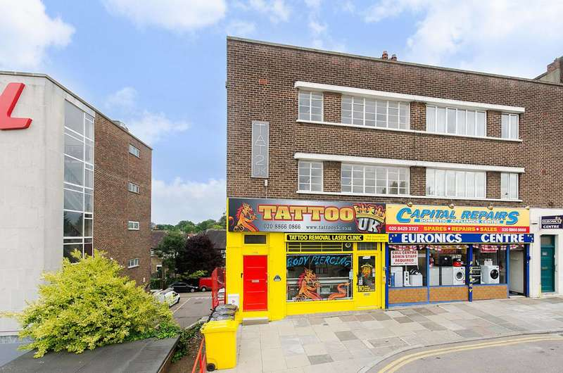 4 Bedrooms Flat for rent in Imperial Drive, West Harrow, HA2
