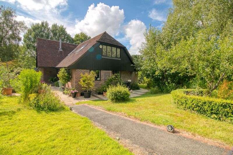 4 Bedrooms Property for sale in Gatehouse Lane, Framfield, Uckfield