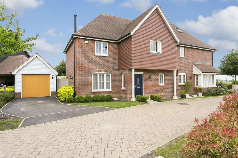 3 Bedrooms House for sale in Cyril West Lane, Ditton, Aylesford