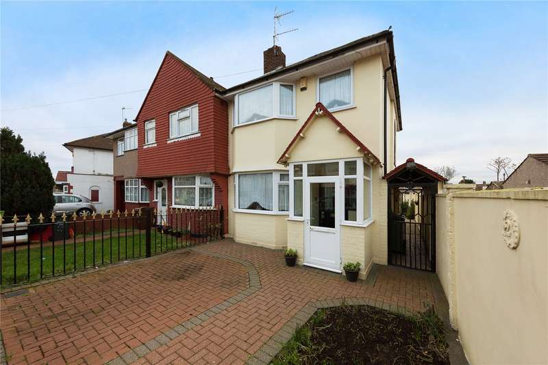 3 Bedrooms End Of Terrace House for sale in Dunbar Avenue, Dagenham, RM10