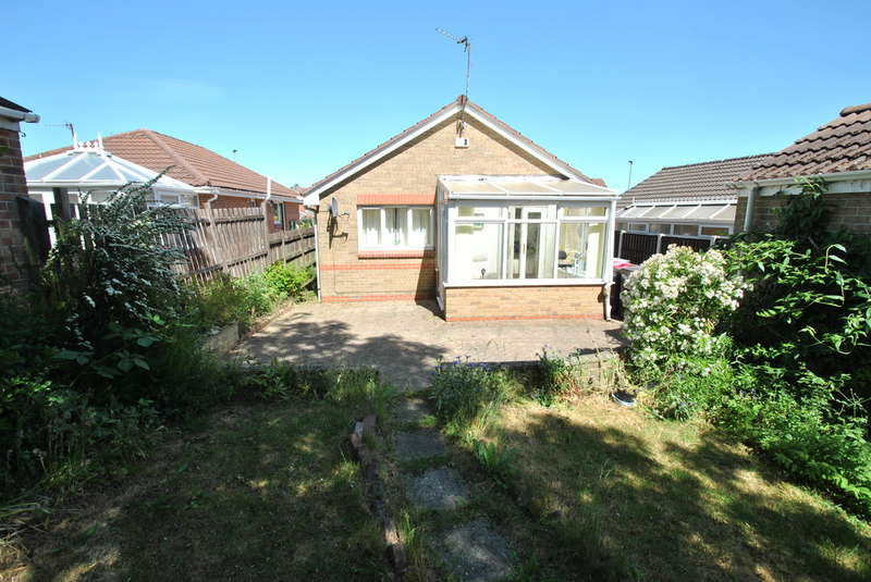 2 Bedrooms Detached Bungalow for sale in Littlehey Close, Maltby