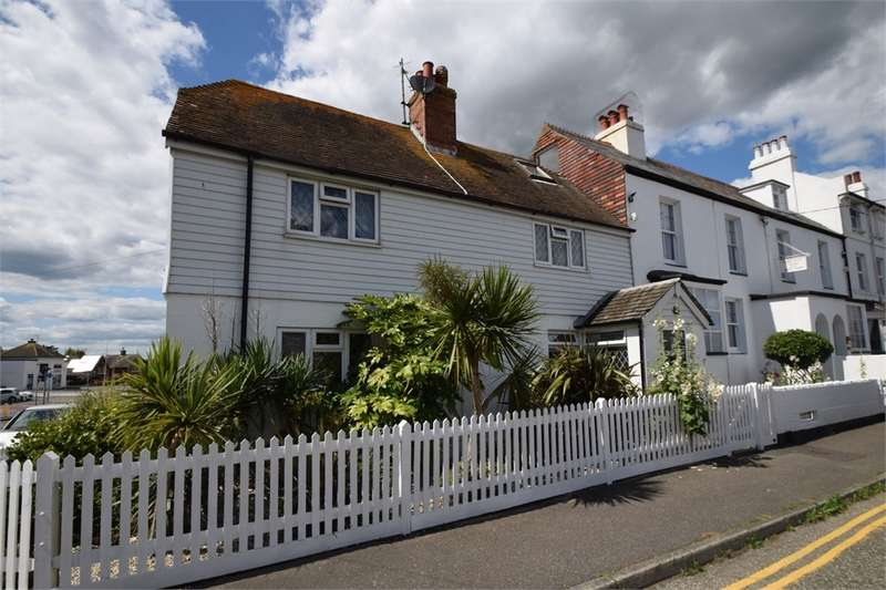 3 Bedrooms Cottage House for sale in Bay Terrace, Pevensey Bay, East Sussex