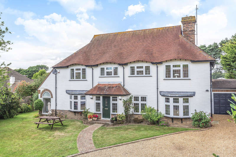 6 Bedrooms Detached House for sale in Clavering Walk
