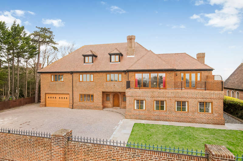 6 Bedrooms Detached House for sale in Cosham, Hampshire