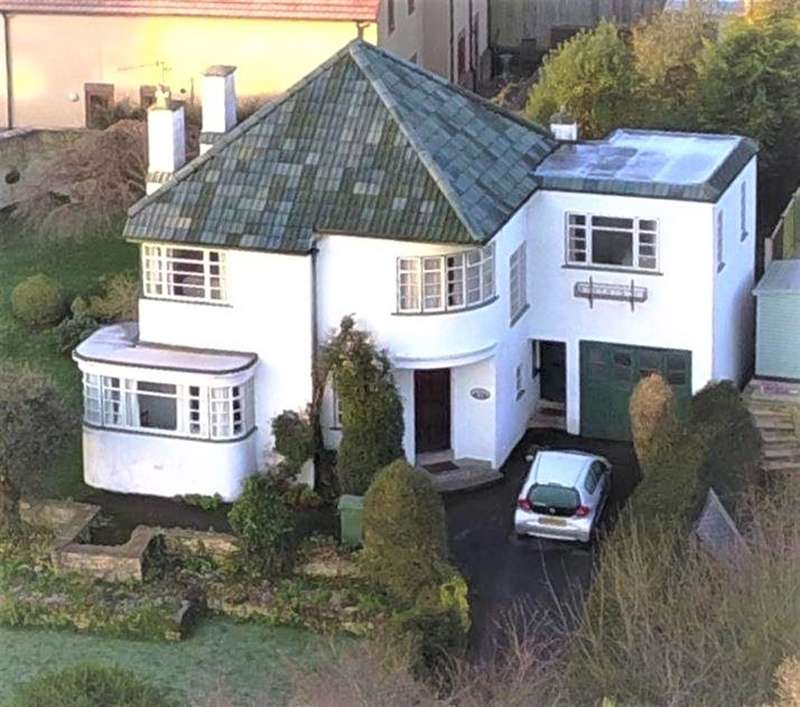 4 Bedrooms Detached House for sale in Tilsdown, Dursley, GL11 5QN