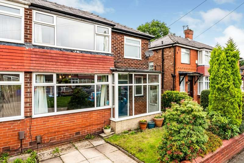 3 Bedrooms Semi Detached House for sale in Sheringham Drive, Manchester, Greater Manchester, M27