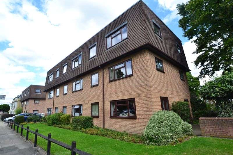 1 Bedroom Property for sale in Palace Grove, Bromley.