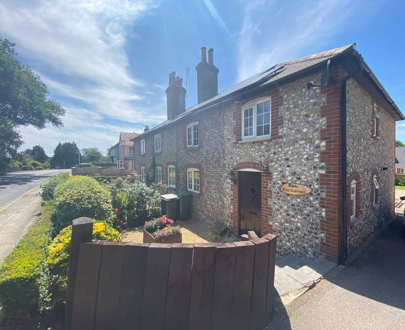 3 Bedrooms Semi Detached House for sale in Flint Cottages, Hambledon Road, Denmead, Waterlooville, PO7