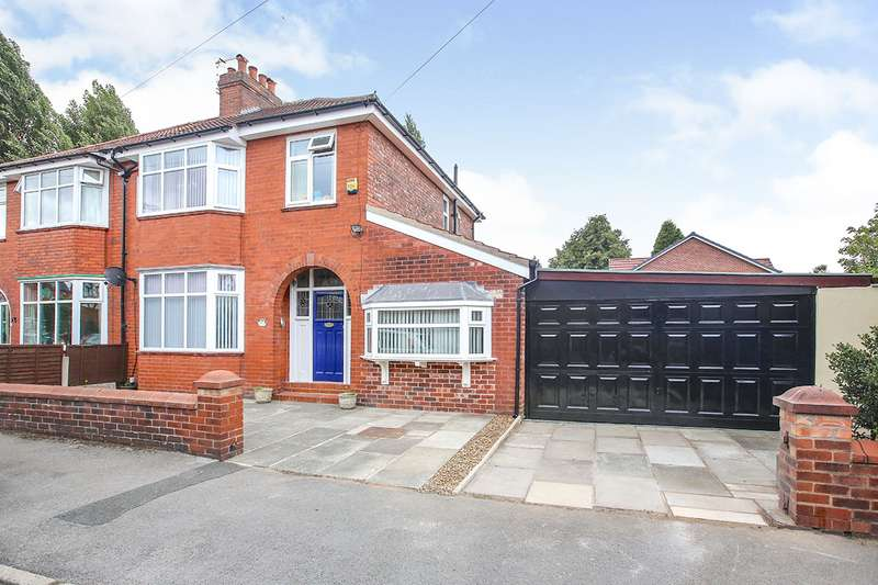 3 Bedrooms Semi Detached House for sale in Heswall Road, Stockport, Greater Manchester, SK5