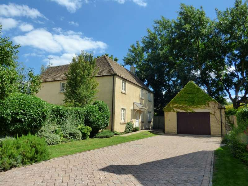 4 Bedrooms Property for sale in The Wern, Lechlade