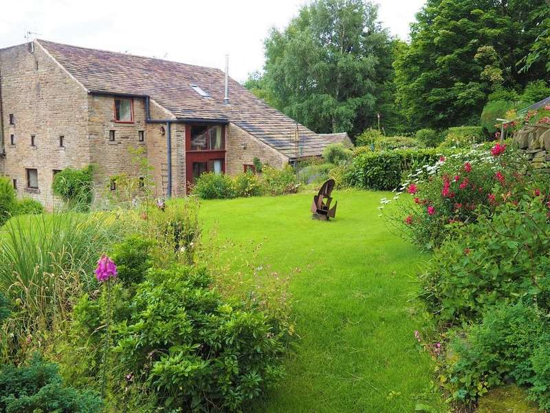 3 Bedrooms Barn Conversion Character Property for sale in Wash, High Peak, Derbyshire, SK23 0QL