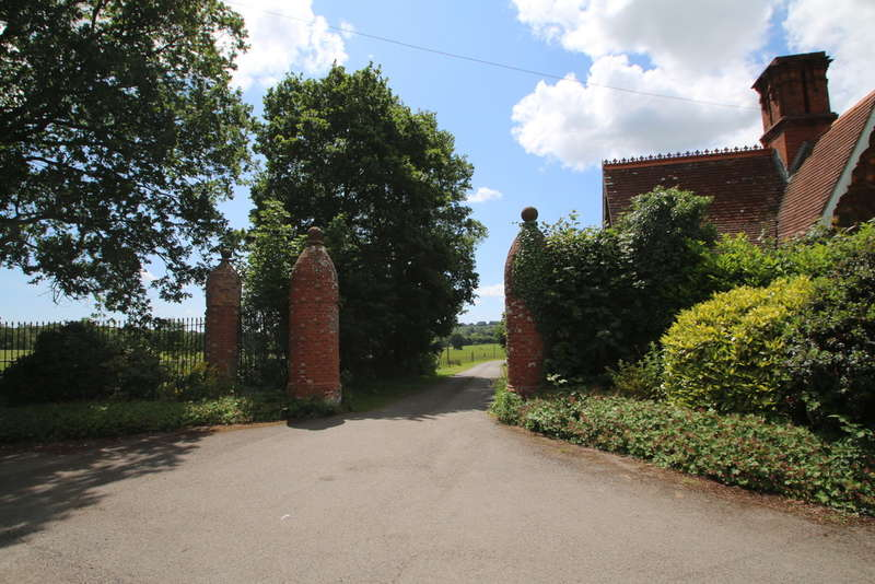 5 Bedrooms Land Commercial for sale in Ingleden Park, Tenterden