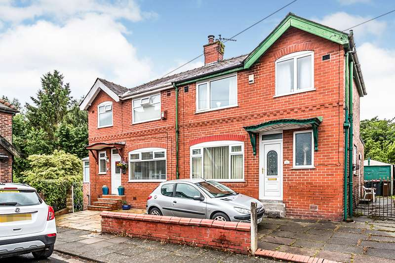 3 Bedrooms Semi Detached House for sale in Chiltern Drive, Swinton, M27