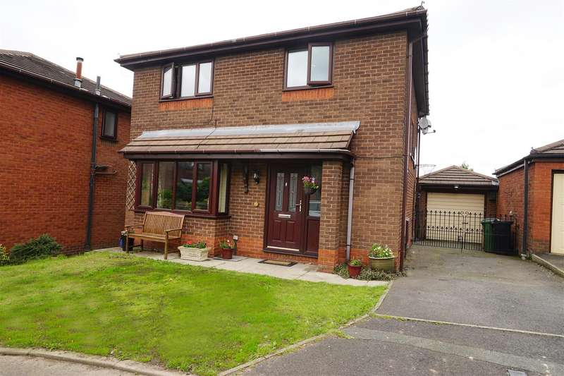 4 Bedrooms Detached House for sale in Belgrave Crescent, Horwich, Bolton