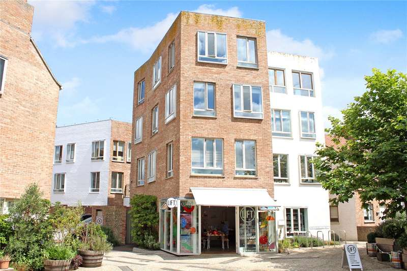 1 Bedroom Flat for sale in Tibbys Way, Southwold, Suffolk, IP18