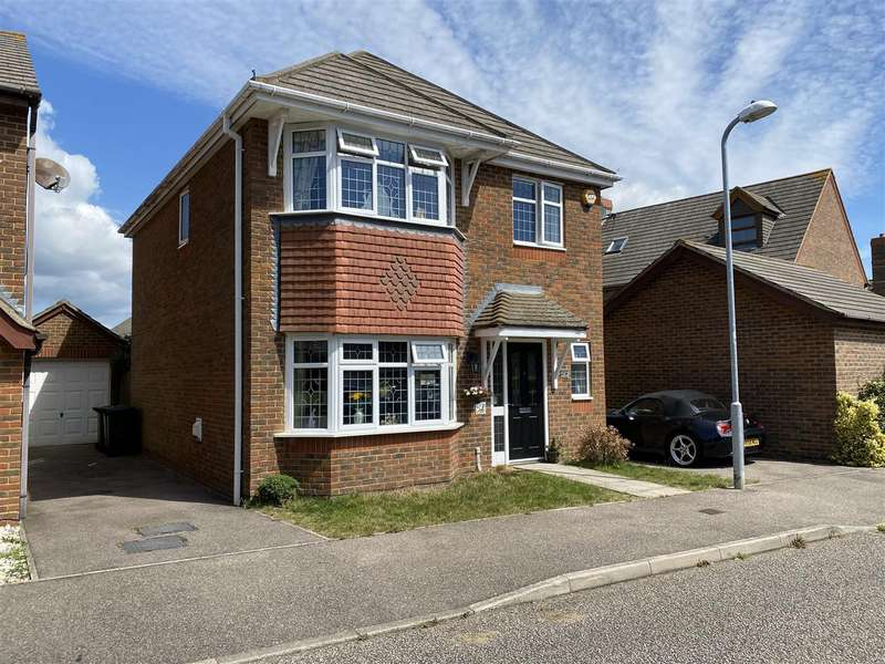 4 Bedrooms Detached House for sale in Hornbeam Avenue, Bexhill-On-Sea