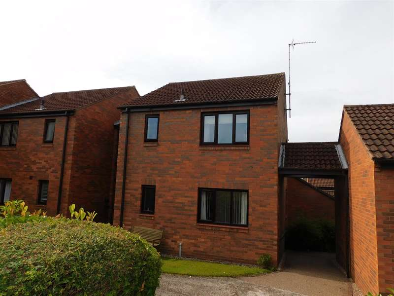 1 Bedroom Ground Flat for sale in Peakes Croft, Bawtry, Doncaster, DN10 6RJ